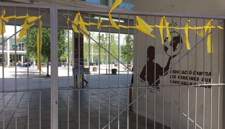 El Campus Catalunya de la URV s'ha tenyit de groc.