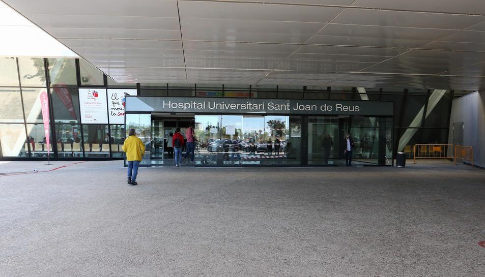 Una imatge d'arxiu de l'entrada principal a les instal·lacions de l'Hospital Sant Joan de Reus.