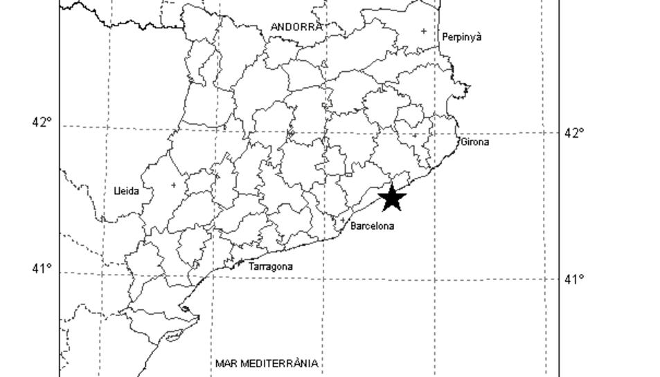 El mapa marca amb una estrella l'epicentre del terratrèmol, a la costa del Maresme.