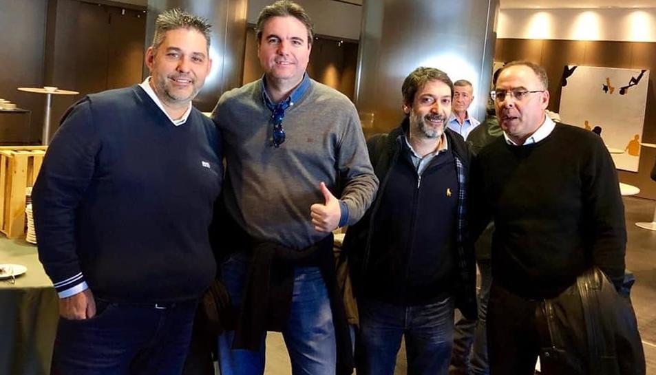 Joan Anton Ramírez, el primer a l'esquerra, tornarà a ser el cap de llista per Vila-seca.