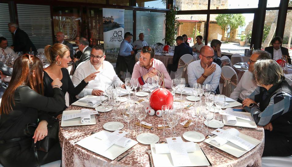 El Dinar Club Empresa del Nàstic (4)