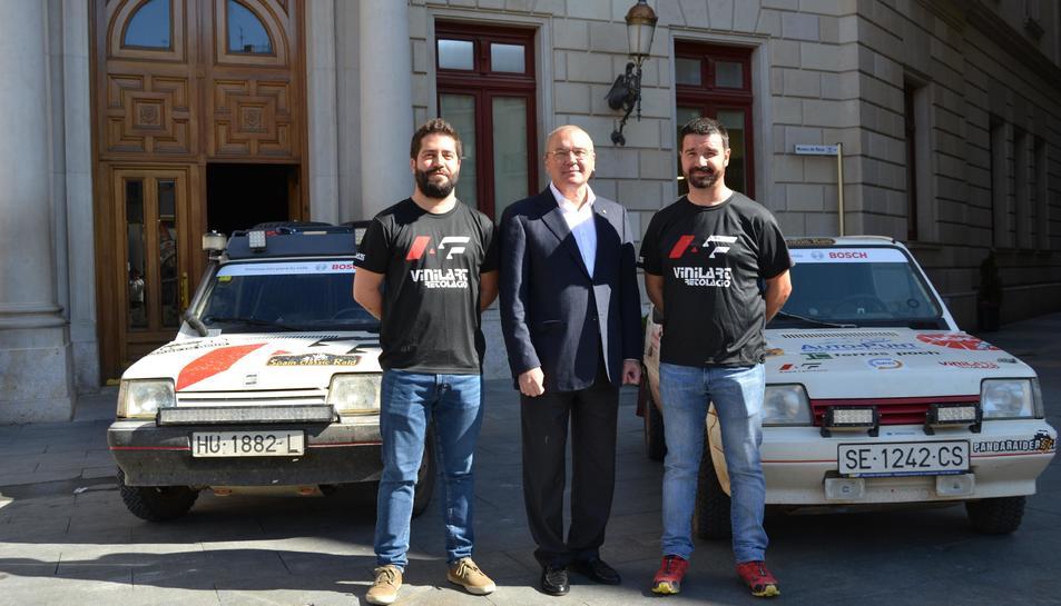 L'alcalde de Reus, Carles Pellicer, junt a