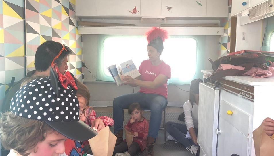 Al Reading-truck s'han llegit contes pels més petits.