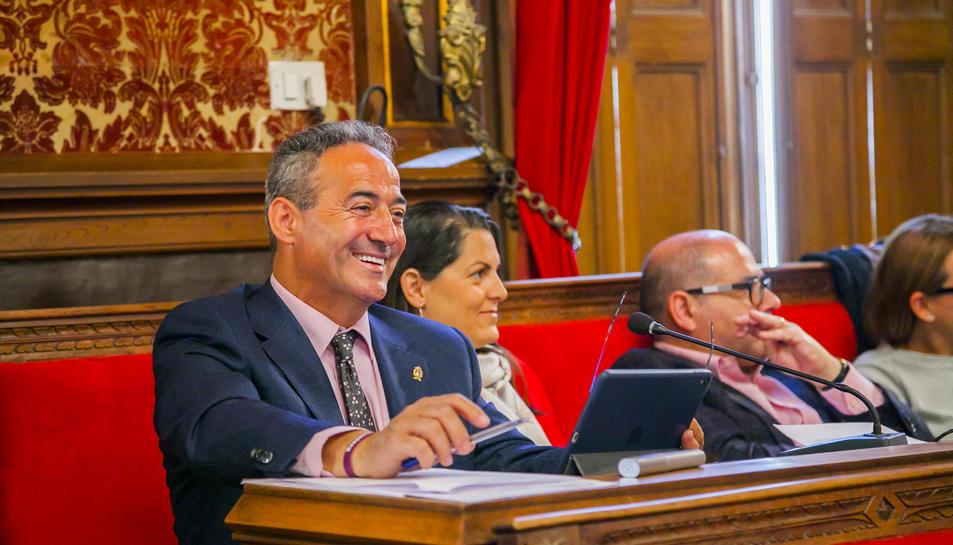 Pedro Sánchez, durant l'últim ple de l'Ajuntament el passat 10 d'abril.