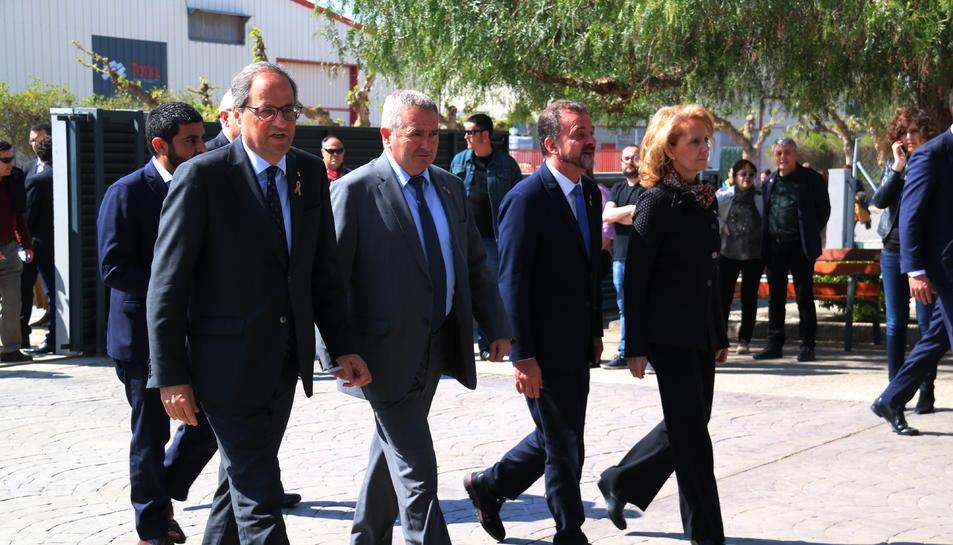 El president de la Generalitat, Quim Torra, el delegat del Govern a l'Ebre, Xavier Pallarés, el conseller d'Acció Exterior, Alfred Bosch, i la consellera de Cultura, Maria Àngela Vilallonga.
