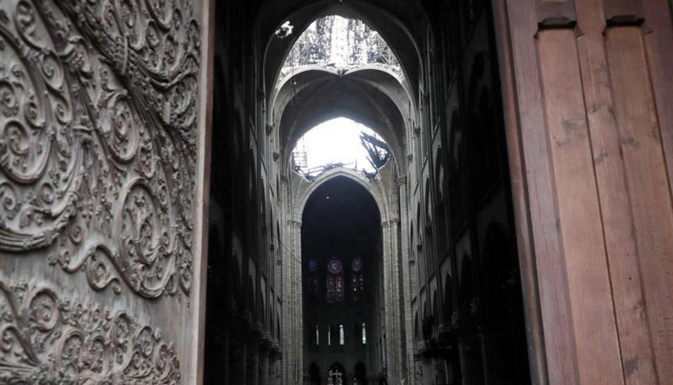 Imatge del temple una vegada es va aconseguir apagar les flames que l'afectaven.