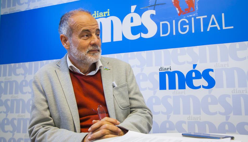 Joan Ruiz, durant l'entrevista a la redacció de diari més el passat 11 d'abril.