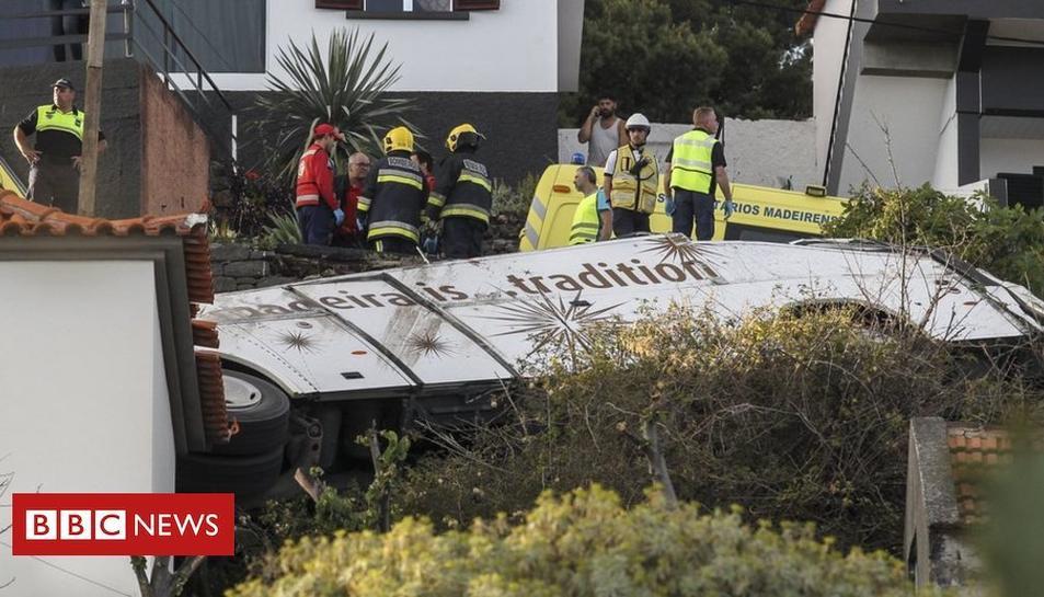 Imatge de l'autobús accidentat.