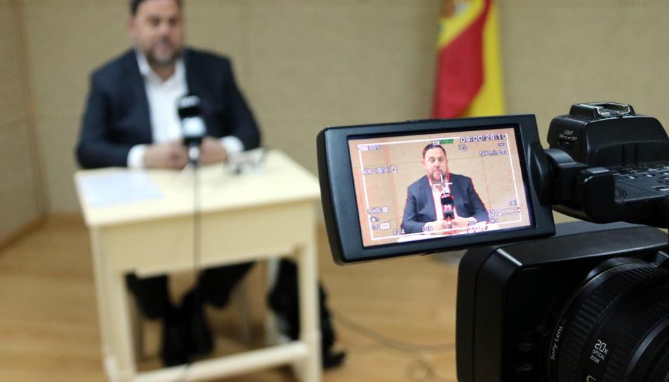 Recurs del visor de la càmera de vídeo durant la roda de premsa que Oriol Junqueras ha ofert per a l'ACN des de Soto del Real aquest 19 d'abril de 2019.