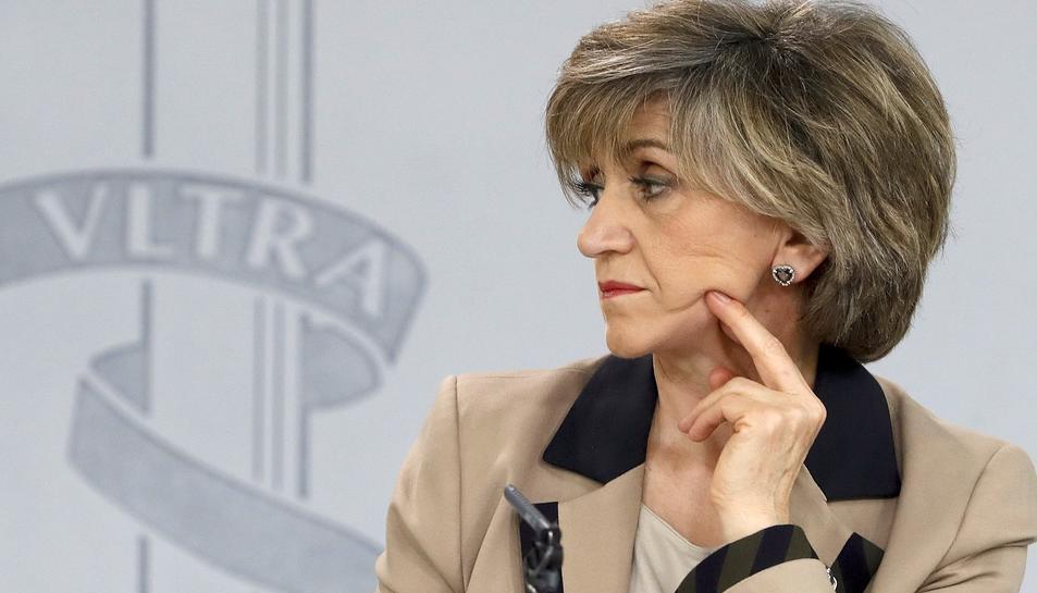 La ministra de Sanitat, María Luisa Carcedo, durant la roda de premsa posterior al Consell de Ministres.