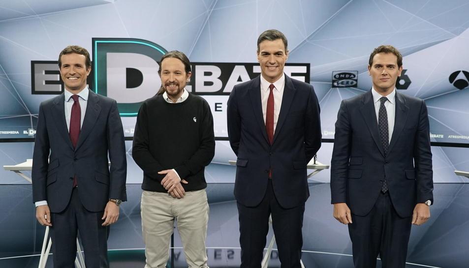 Els quatre candidats a president del govern espanyol el 28-A abans de començar el debat a Atresmedia.