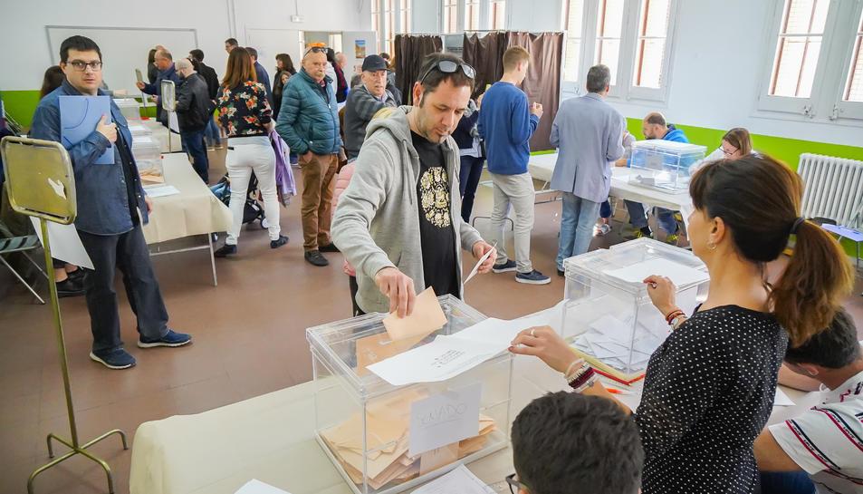 Imatge dels votants tarragonins.