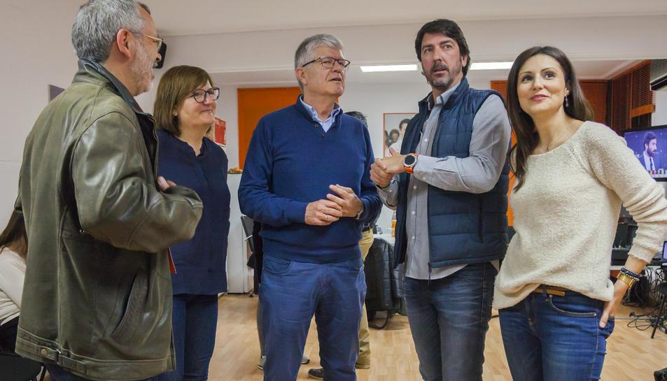 Sergio del Campo a la seu de Ciutadans a Tarragona seguint la nit electoral.