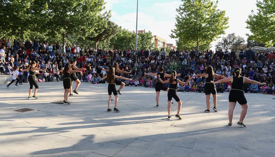 Celebració del Dia de la Dansa al Parc del Pinaret de Cambrils