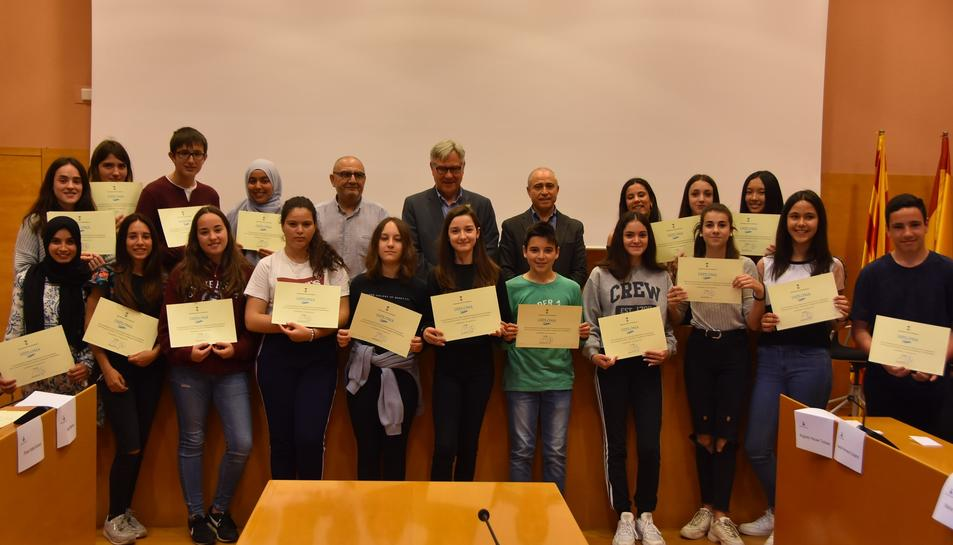 Imatge delas alumnes premiats al