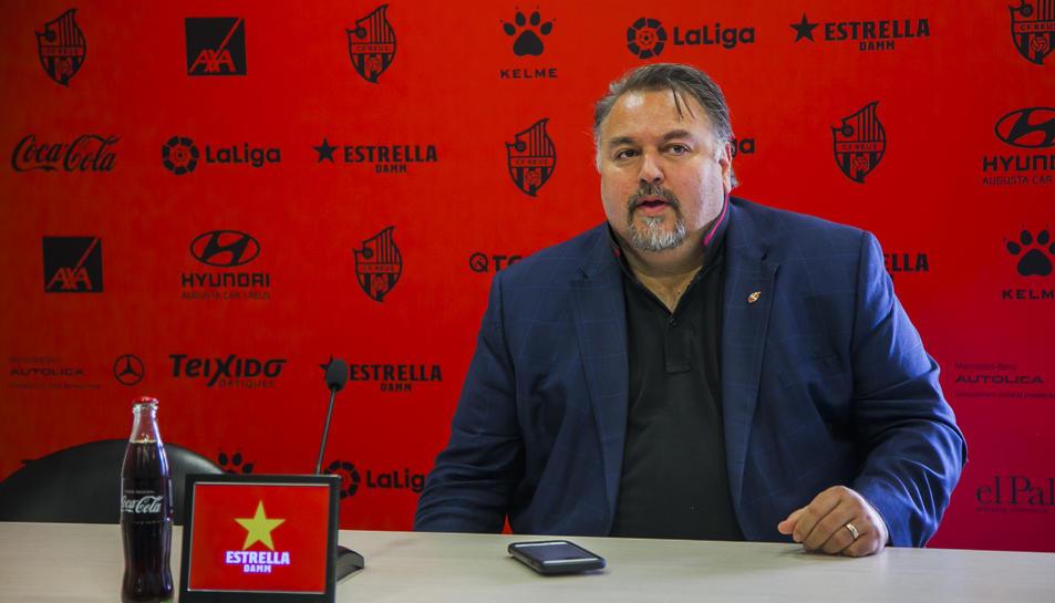 Clifton Onolfo en una roda de premsa a les instal·lacions del CF Reus Deportiu.