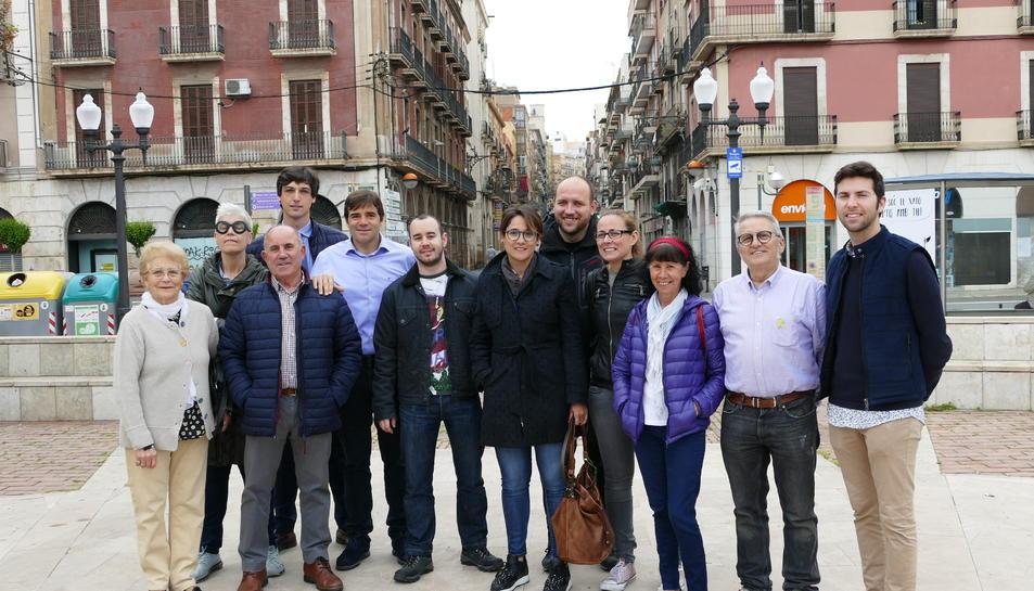 Diversos membres de la candidatura de Junts per Tarragona a