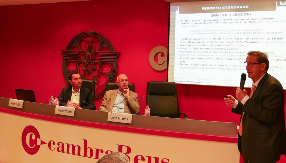 Joan Amorós en la conferència sobre el Corredor Mediterrani.