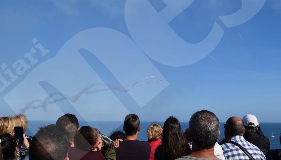 Séptima Exhibición Aérea en Tarragona del equipo Bravo3 Repsol