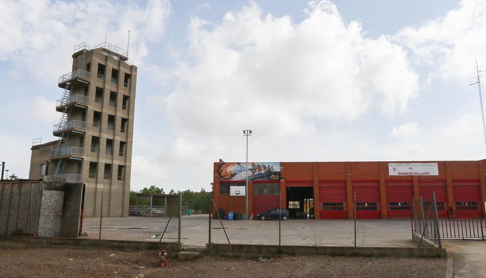 Una imatge d'arxiu de l'exterior del Parc de Bombers de Reus ubicat a l'avinguda de Tarragona.