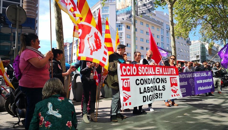 Imatge d'arxiu d'una concentració dels treballadors d'Acció Social.