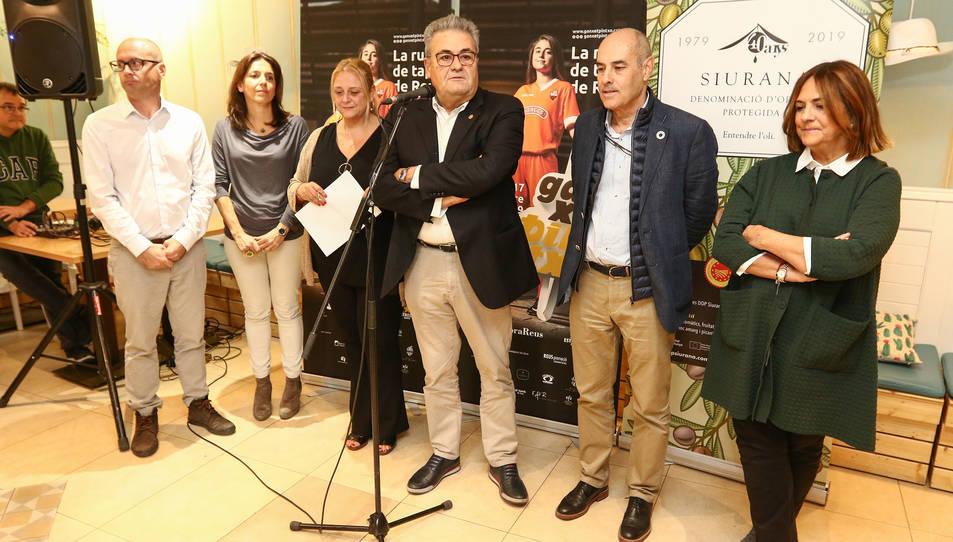 La Ganxet Pintxo inaugura la ruta de la mà del bàsquet i del Modernisme.