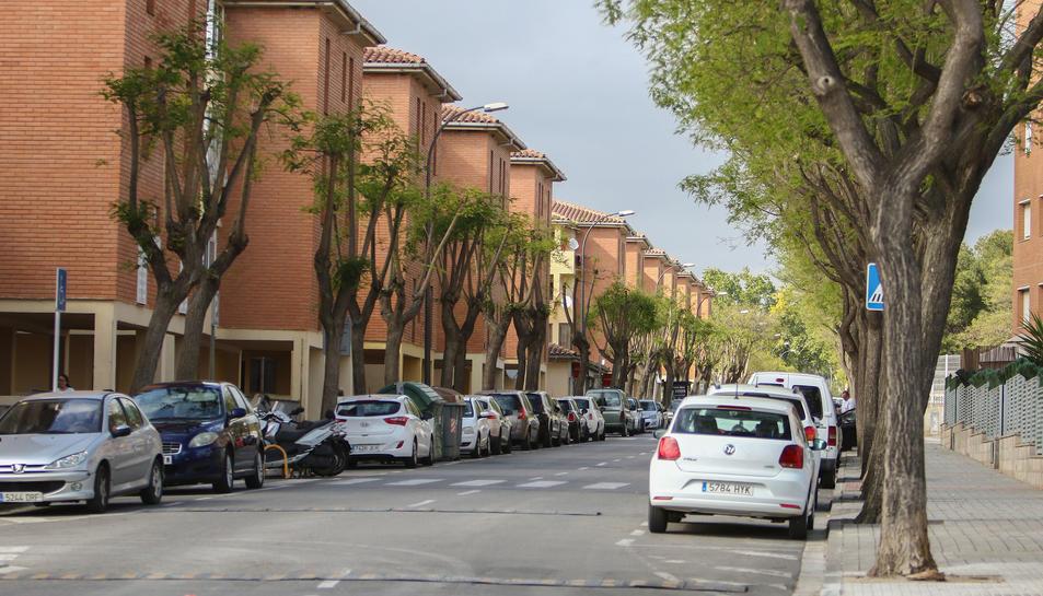 El pis es troba localitzada a l'avinguda de Saragossa.