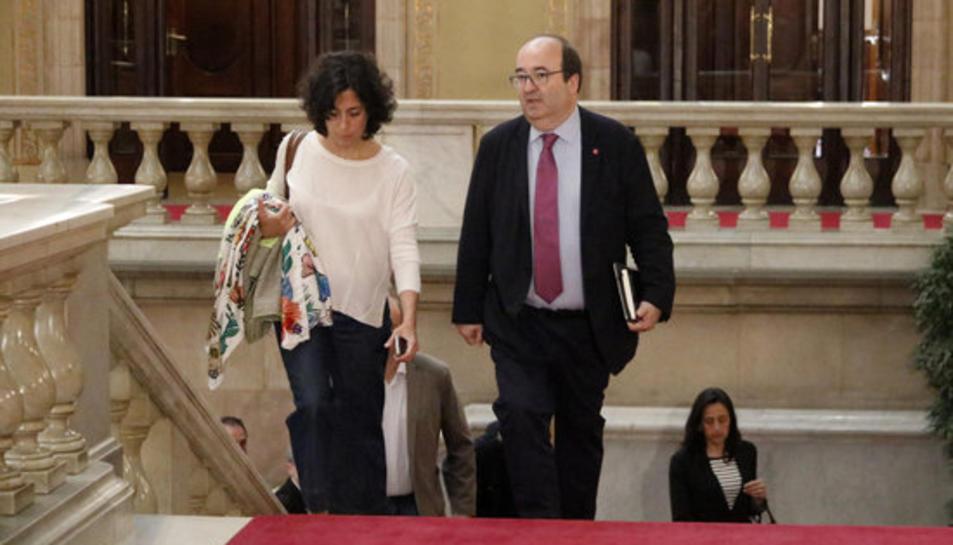 El líder del PSC, Miquel Iceta, arriba al Parlament pel ple extraordinari sobre la seva designació com a senador.