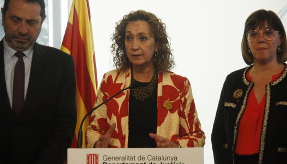 Imatge de la consellera de Justícia, Ester Capella, al Col·legi d'Agents de la Propietat Immobiliària de Barcelona per tractar aspectes relacionats amb la nova regulació dels arrendaments urbans que prepara el Govern .