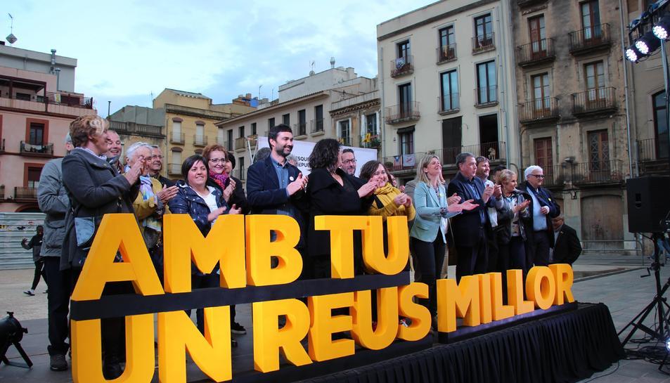 L'acte va cloure amb una foto de grup de tots els candidats a la llista.
