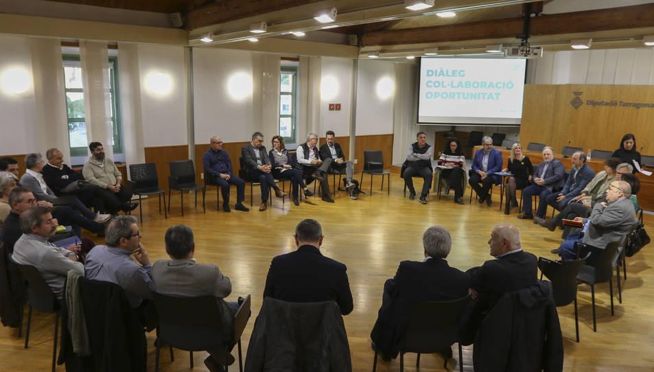 La presidenta de la Diputació, Noemí Llauradó, es va reunir ahir amb els alcaldes del Tarragonès.