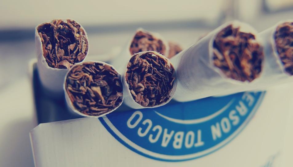Els paquets de tabac comencen a incorporar un codi de traçabilitat.