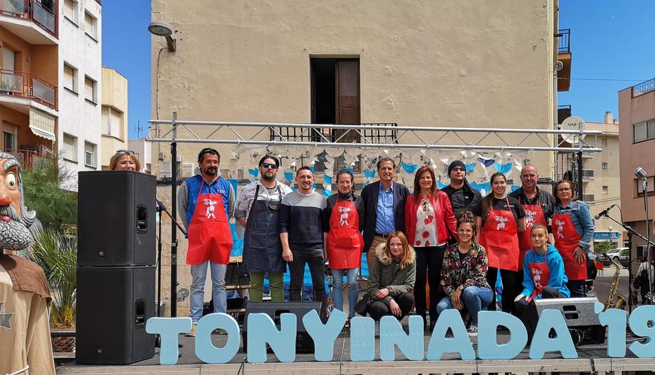 Imatge dels restauradors que han participat a la tonyinada 2019.