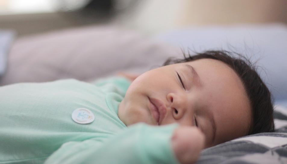 Imatge d'un nadó dormint.