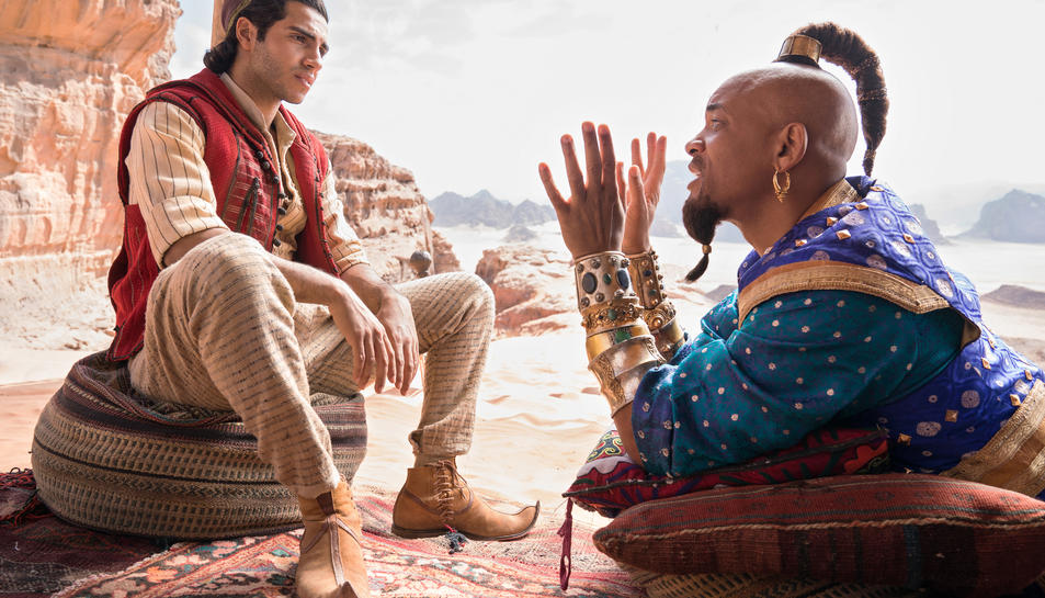 Mena Massoud i Will Smith, dos dels protagonistes del film 'Aladdin'