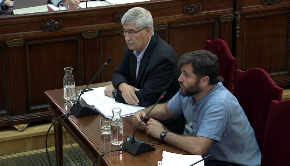 Els pèrits John Paul Lederach i Jesús Castañar citats per la defensa de Cuixart sobre un informe de l'actuació no violenta.