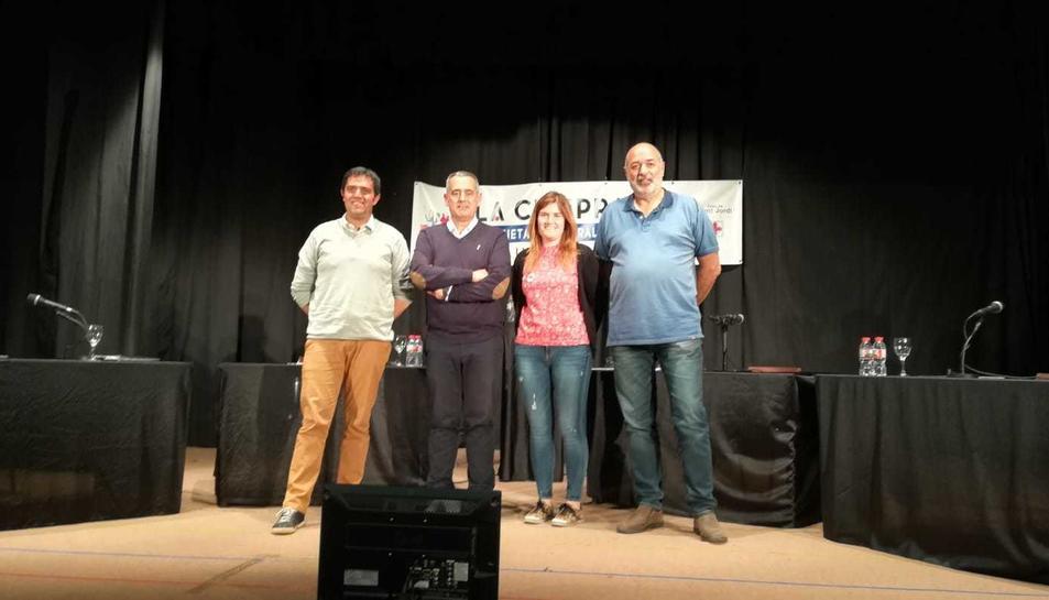 Els quatre candidats a l'alcaldia de Llorenç, després del debat.