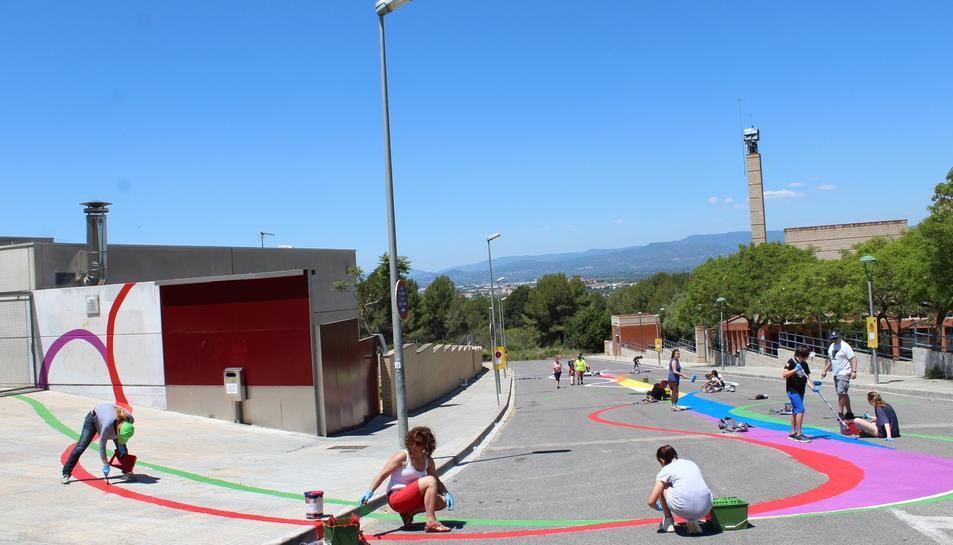 Imatge de l'actuació artística feta a Sant Pere i Sant Pau en el marc del projecte.