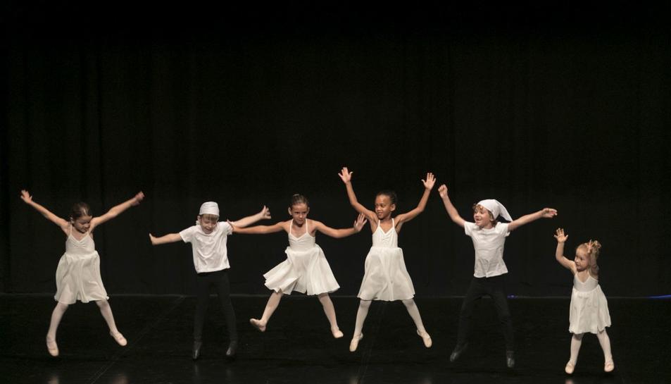 Els alumnes del Vendrell duran a escena cinc coreografies.