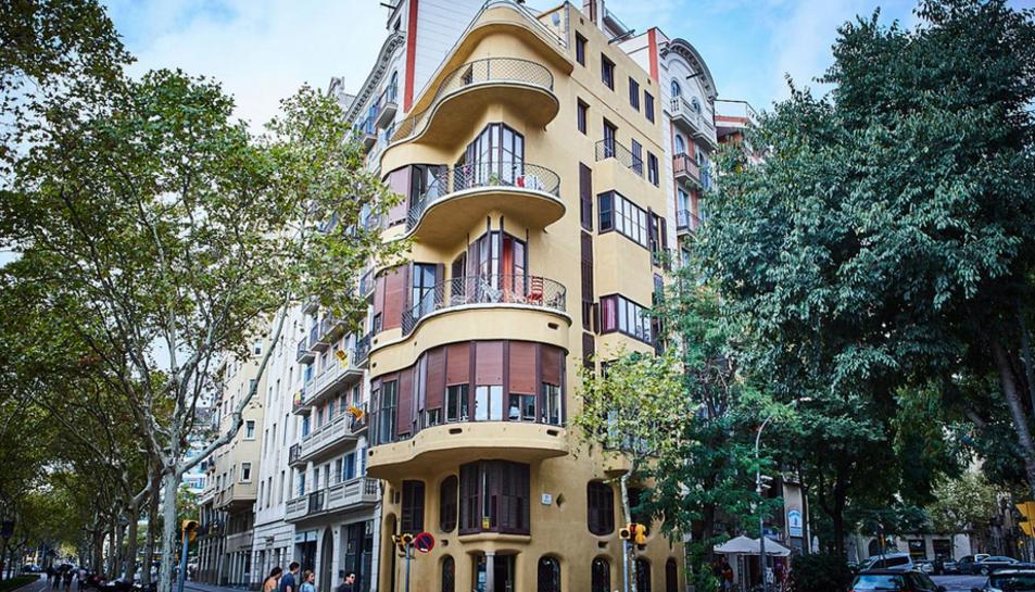 La Casa Planells està ubicada a la Diagonal de Barcelona.