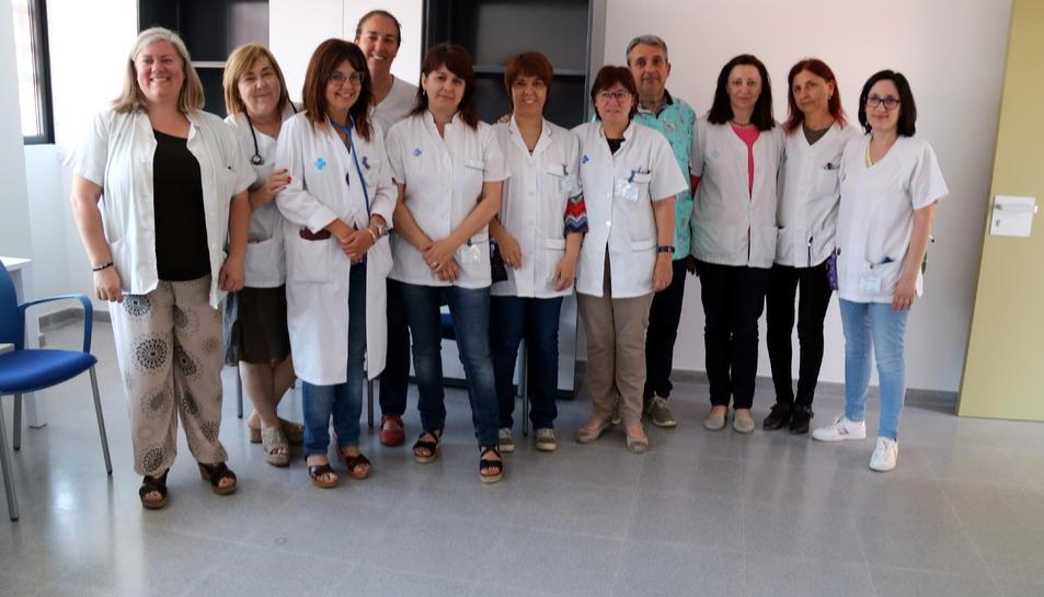 Alguns dels professionals sanitaris del CAP d'Amposta que reclamen que es traslladi al nou centre l'atenció continuada de les urgències.