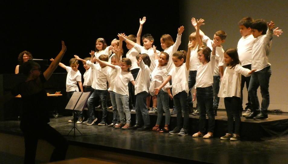 Imatge de l'actuació del cor Cuereta.