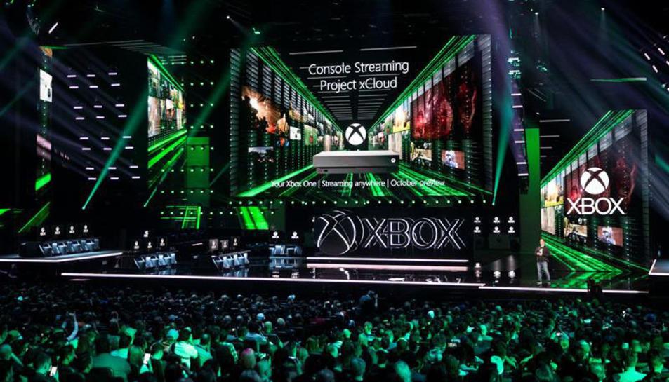 Imatge d'un moment de la presentació de les novetats de Microsoft en el camp de l'oci.