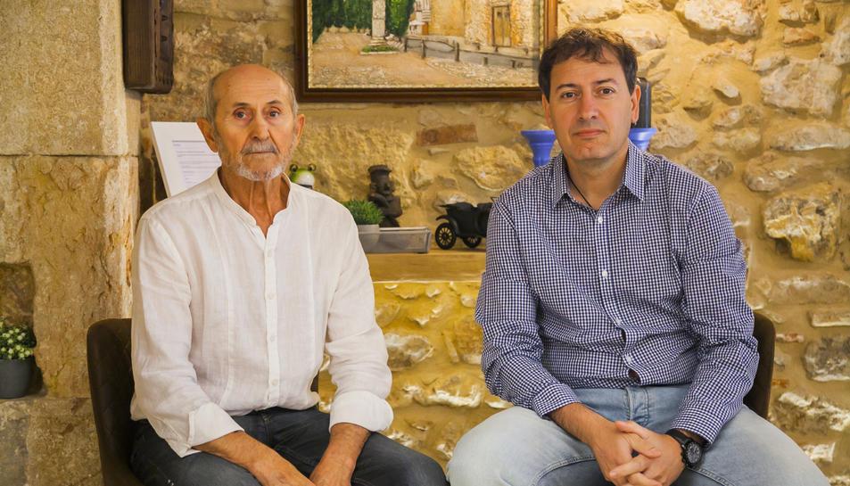Antonio Carrillo i Orlando Rubio, dos dels promotors i propietaris de l'allotjament.