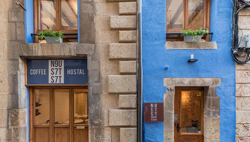 La façana de l'allotjament.