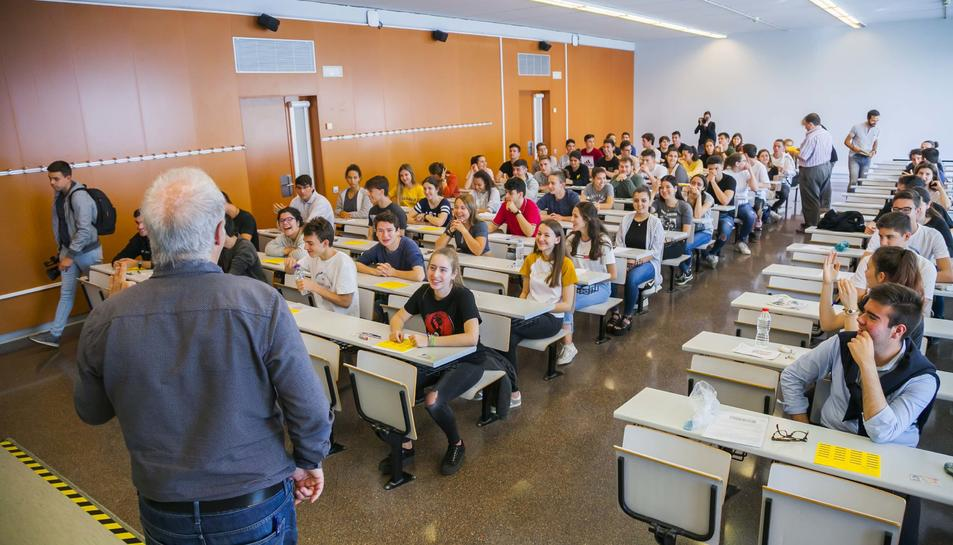 Imatges de les Proves d'Accés a la Universitat al Campus Catalunya de la URV