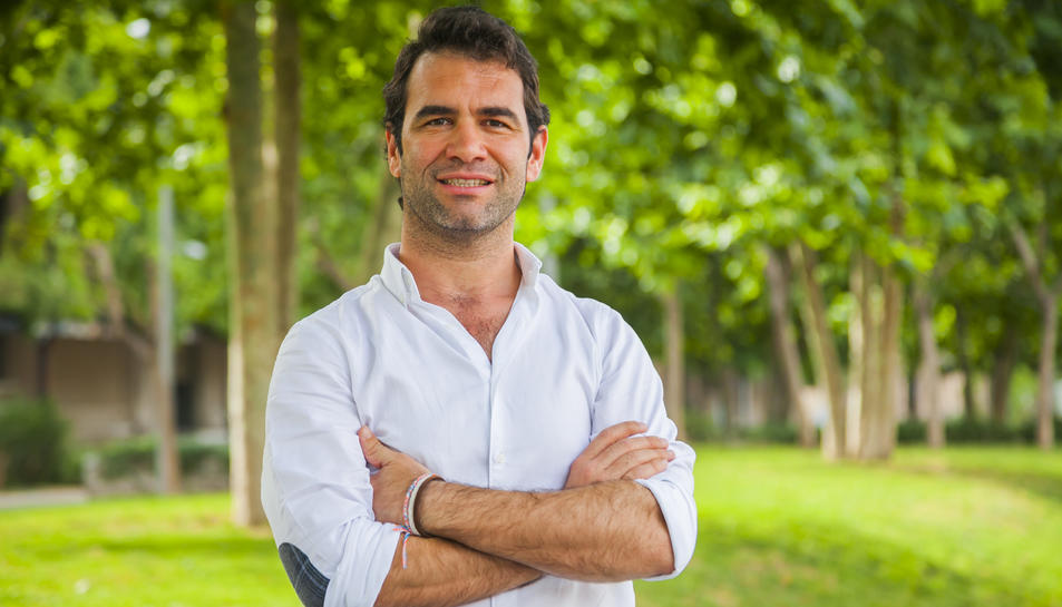 Jorge Herrero és el promotor de l'associació que vol que l'estètica de Tarragona guanyi amb flors.