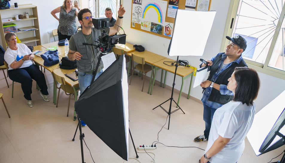 Un moment de la gravació del vídeo a la parròquia de Sant Josep Obrer de Torreforta.