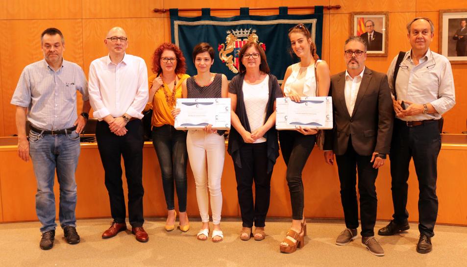 Els premis, promoguts pel Departament d'Ensenyament de l'Ajuntament de Cambrils, s'han lliurat a la Sala de Plens.