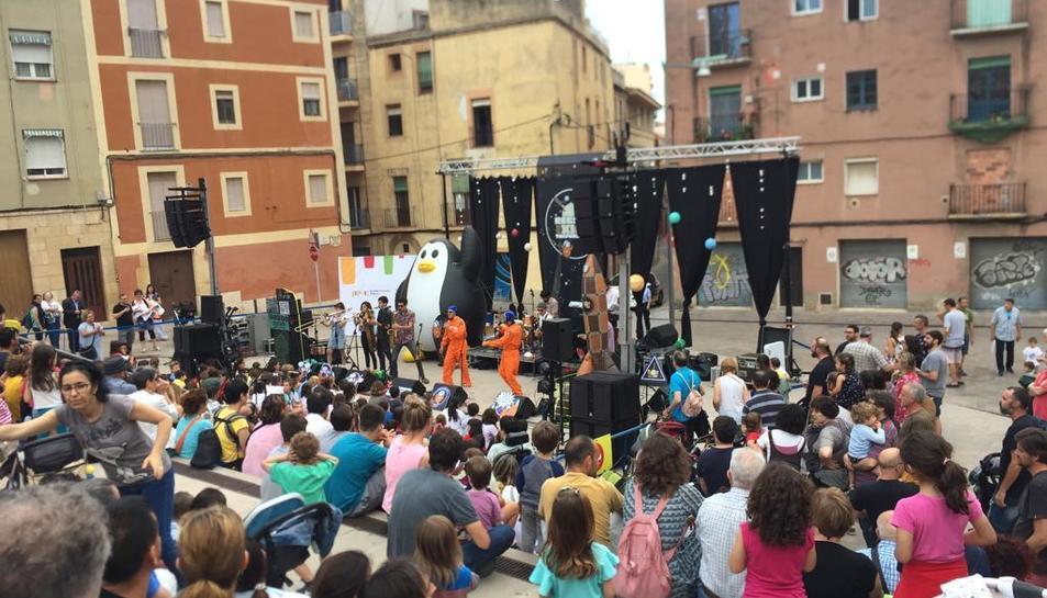 Imatge de l'espectacle a la plaça de la Pagesia.